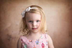 girl-5-years-old-studio-portrait