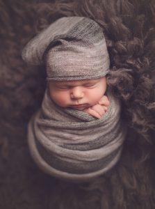 newborn-boy-in-glasgow-newborn-photoshoot