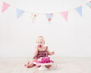 Cake-Smash-Photography-Glasgow-South-Lanarkshire-Dawn-Martin010