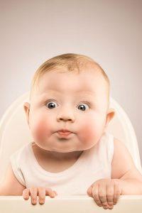 baby-girl-5-months-old-studio-portraiture