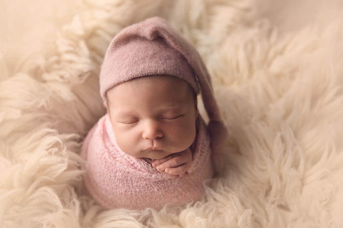 Glasgow newborn photographer photographs newborn baby in studio